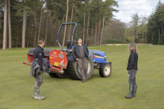 2020-04-3-Greenkeepers-at-work-36
