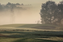 Hole 8 in mist-2